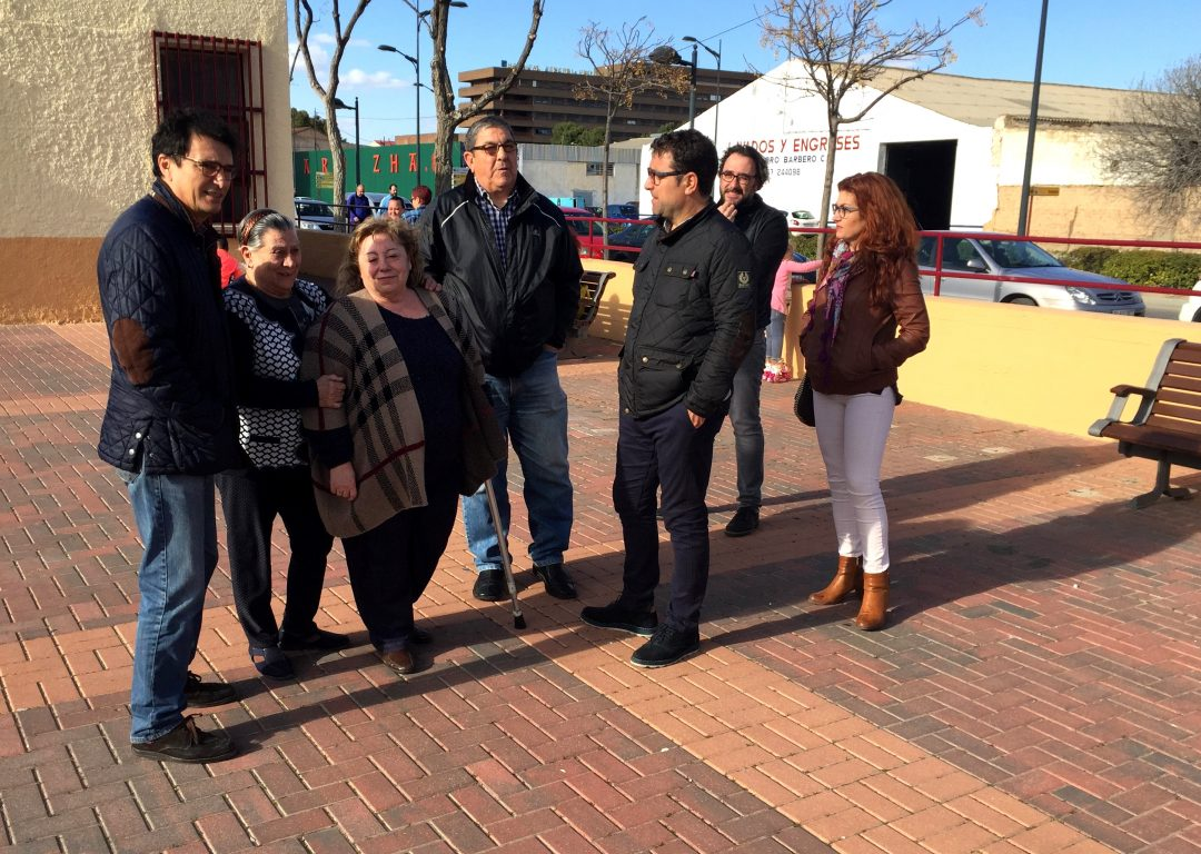El Grupo Socialista recoge las propuestas e inquietudes del Barrio 'Hermanos Falcó'