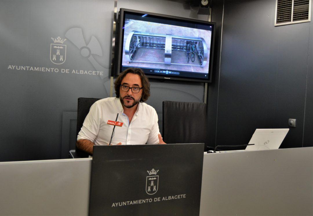 EL PSOE PONE A DISPOSICIÓN DEL AYUNTAMIENTO UN NUEVO MODELO INTELIGENTE PARA APARCAR LAS BICICLETAS DE FORMA SEGURA Y SENCILLA