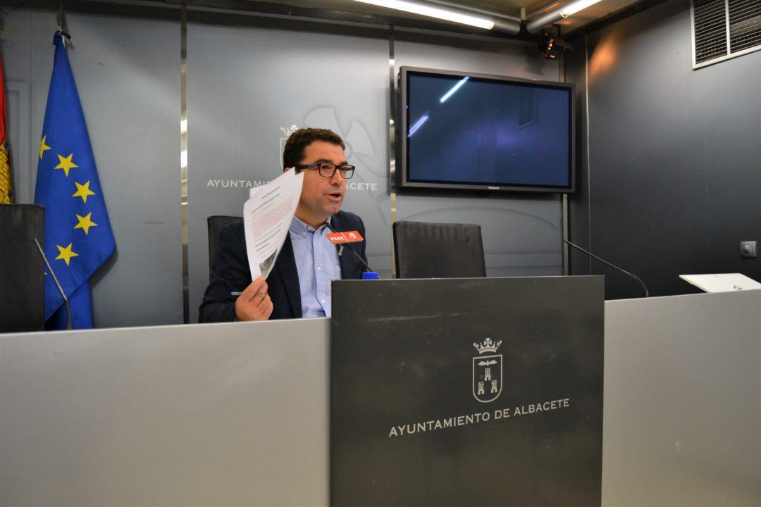 """BELINCHÓN: """"EL ÚNICO INTERÉS DEL PSOE EN LAS MESAS DE CONTRATACIÓN ES EL DE VELAR POR LOS INTERESES DE LA CIUDAD"""""""
